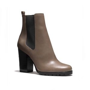 NIB Women's COACH Sydney Leather Ankle Boot, 7.5
